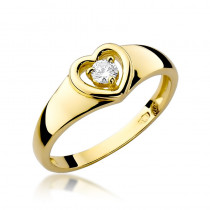 Uroczy pierścionek z diamentem w kształcie serca