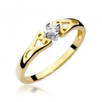 Szykowny złoty pierścionek zaręczynowy z diamentami