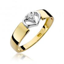 Niezwykły złoty pierścionek z motywem serca ozdobiony diamentem